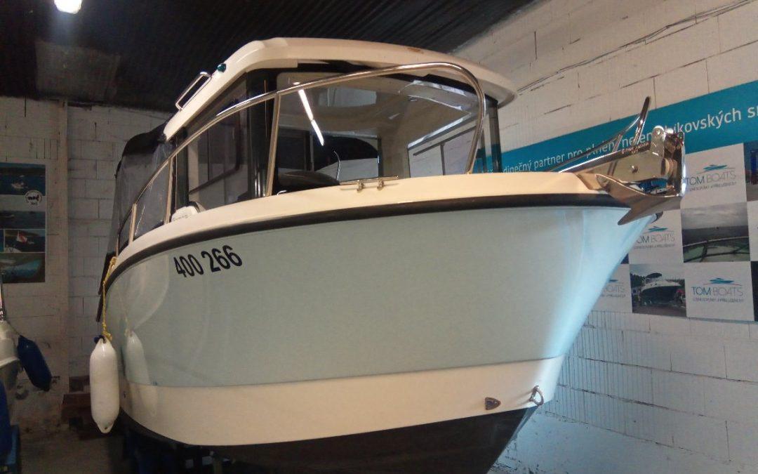 Motorový člun Quicksilver Pilothouse 605