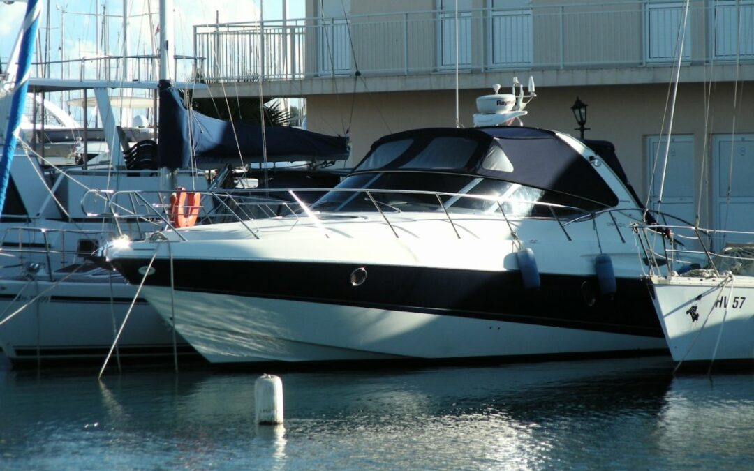 Motorová jachta CRANCHI ENDURANCE 41